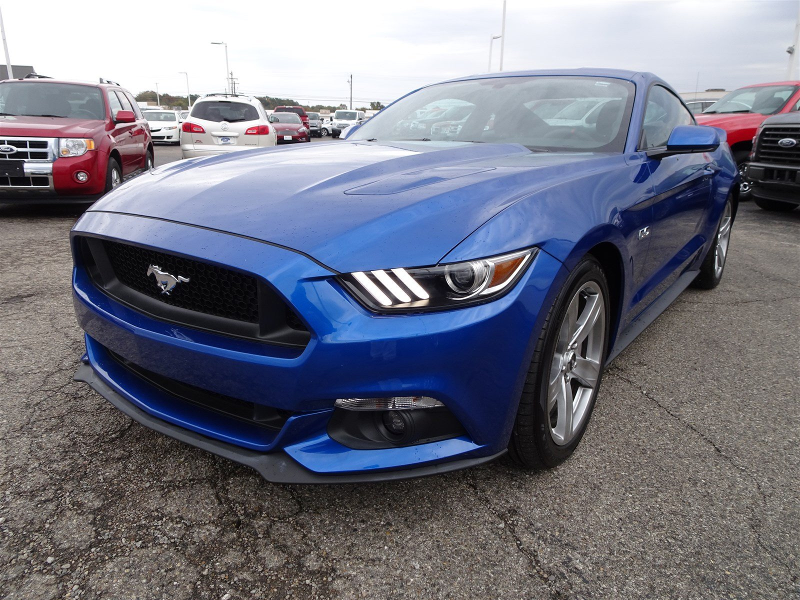 Certified Pre Owned 2017 Ford Mustang GT 2dr Car in Cincinnati